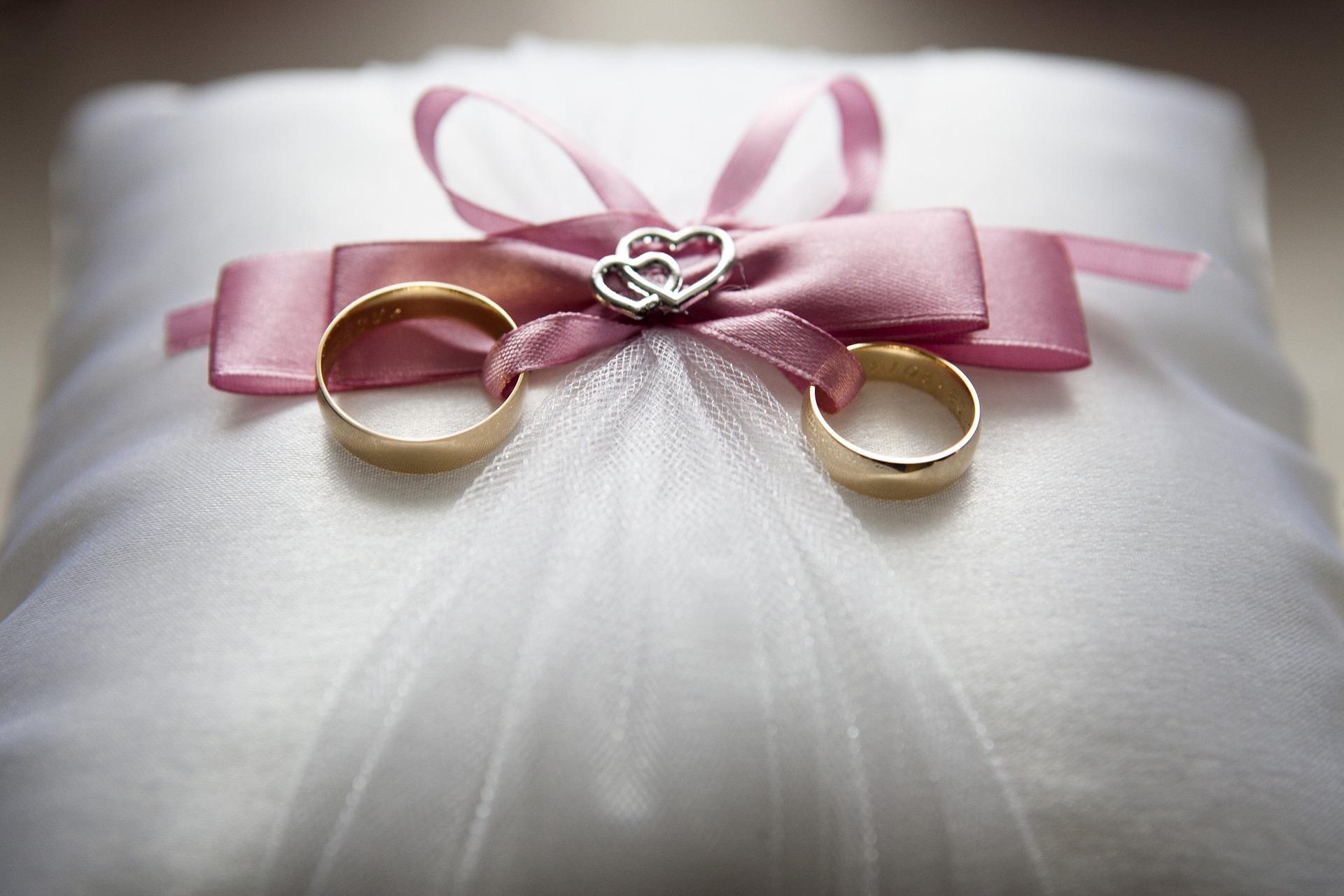 Obrączki na weselu